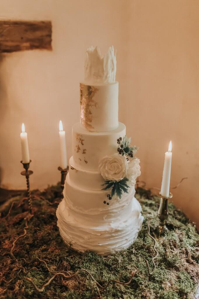 White Rose Cake Design Game of Thrones Inspired Wedding Cake