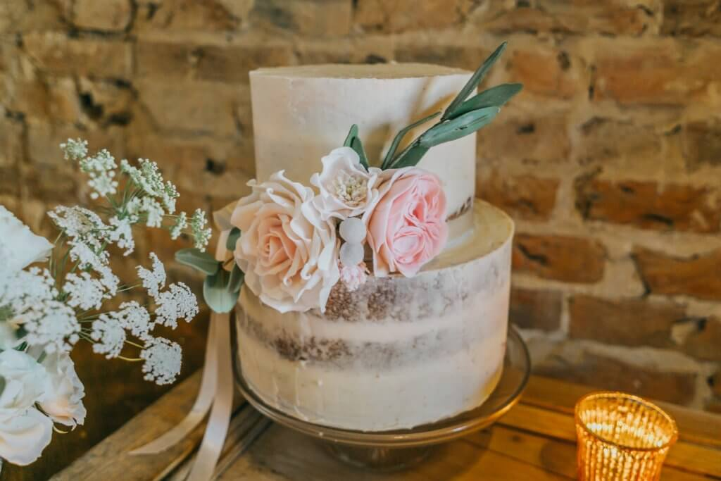 Country Luxe Wedding - White Rose Cake Design West Yorkshire Cake Maker - Stewart Barker Photography