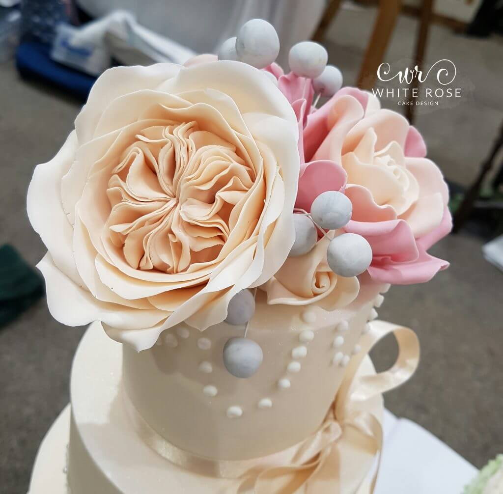 Four Tier Ivory Lace and Miss Piggy Roses Wedding Cake by White Rose Cake Design in West Yorkshire (2)