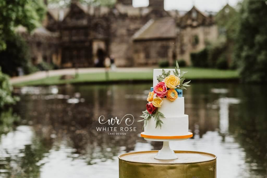 East Riddlesden Hall Wedding Cakes Photo by Caitlin + Jones Cake by White Rose Cake Design (10)